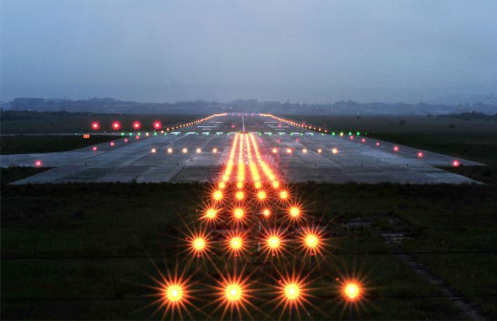 Gökçen ikinci pisti beklerken, İstanbul Havalimanı'na 3'üncü pist geliyor