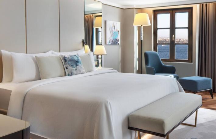 İstanbul'un ilk JW Marriott oteli Karaköy'de açıldı