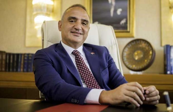 Bakan Ersoy'dan kafa karıştıran 'otel kapasitesi' açıklaması