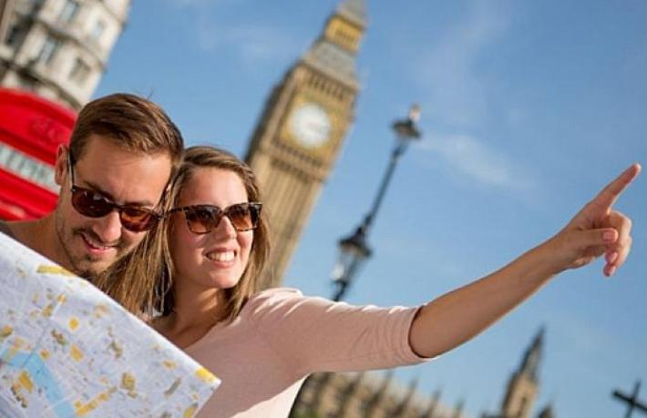 Yunanistan'dan İngiliz turiste veto
