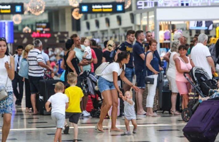 Turist sayısı yüzde 99 düştü… İşte son rakamlar