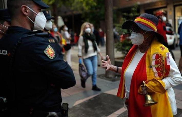 İspanya sınırlarını turistlere açıyor