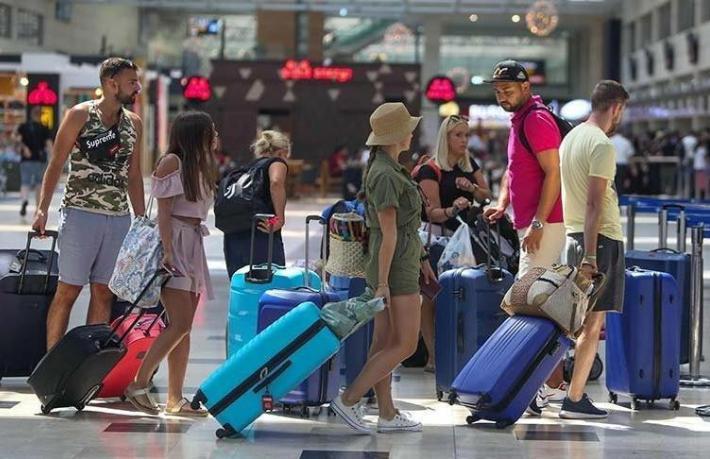 Avrupalı tur operatörleri belirsizlik yüzünden Türkiye'yi pazarlayamıyor