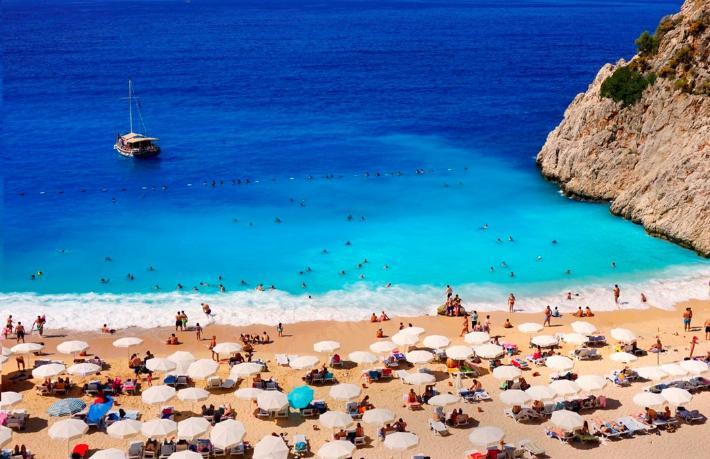 ATOR: Tur operatörleri turizmin başlayacağına inanmıyor