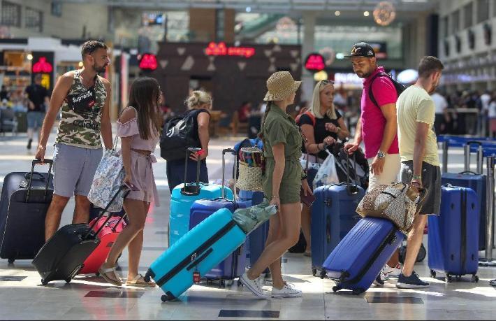 Korona turizmden 3,3 Trilyon Dolar silecek