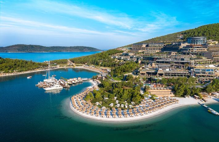 Lujo Hotel Pina Yarımadası'nı kiraladı