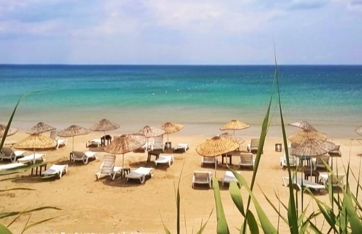 Ünlü tatil beldesinden 'Rezervasyonsuz gelmeyin' uyarısı