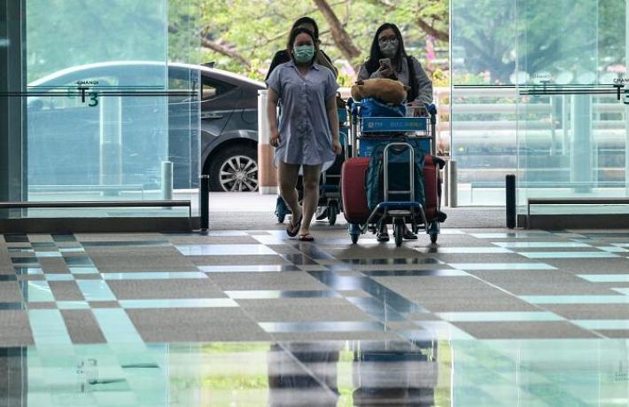 Singapur, yabancı turiste elektronik bileklik takacak