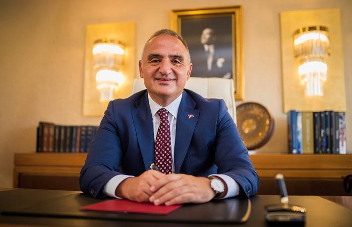 Bakan Ersoy: Otelini açan pişman olmadı