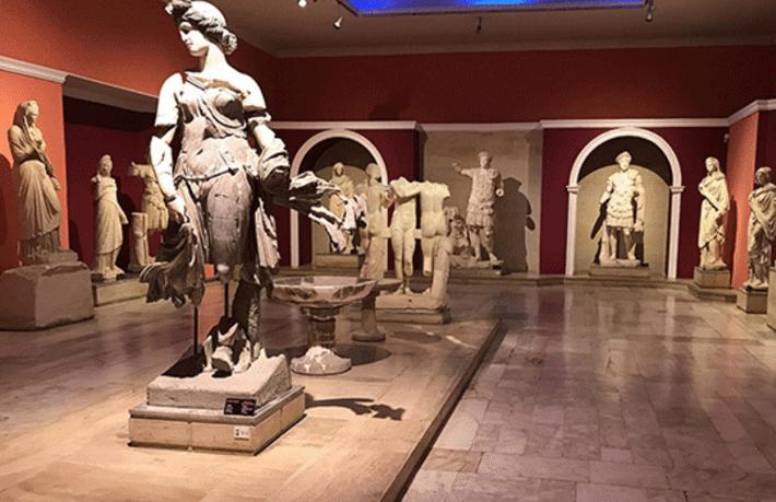 Türkiye'de kaç tane müze var?