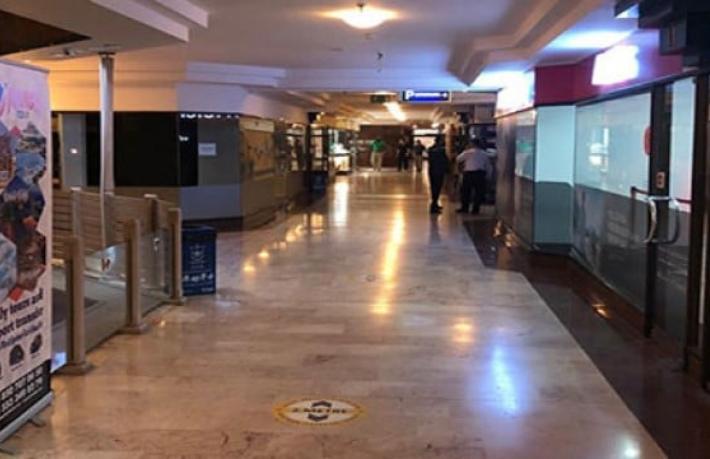 İzmir'de bir devir kapandı... Efsane otel son müşterisini ağırladı