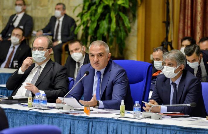 Bakan Ersoy: Dünya birinciliğini hedefliyoruz