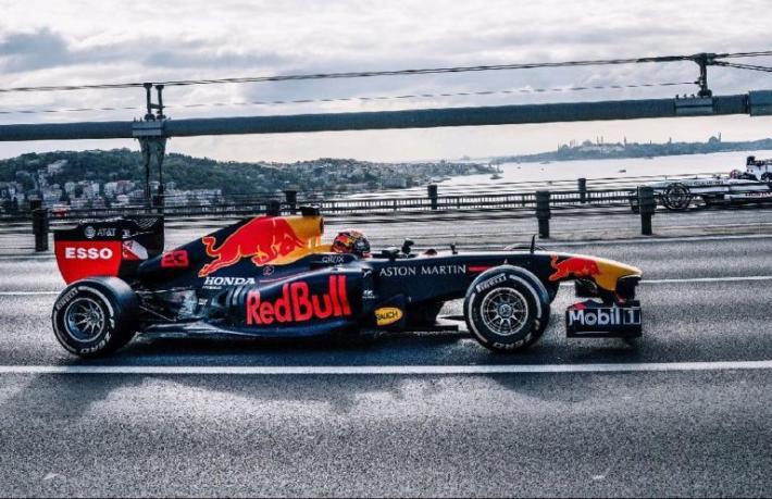 Formula 1 tanıtım filmi yayında