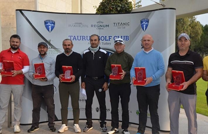 Turizmci Mahmud Var, golf turnuvasıyla anıldı
