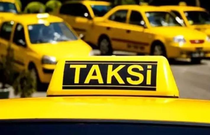 Turistleri dolandırıp, eşyalarını çalan taksici tutuklandı