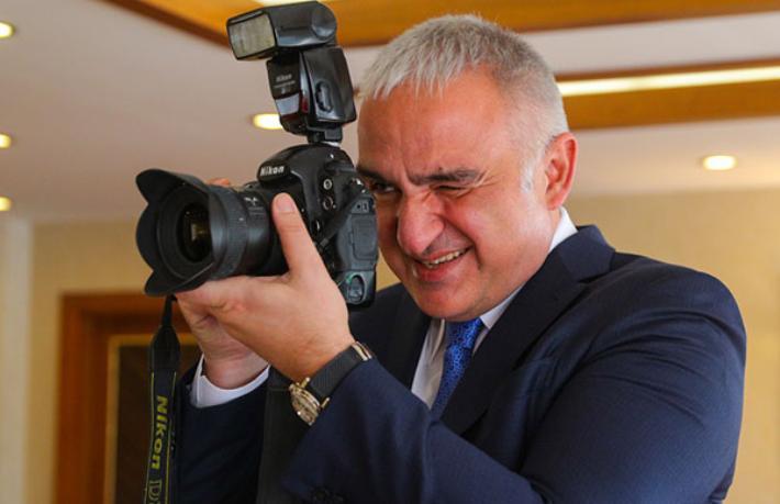 Bakan Ersoy: Galata Kulesi tarihi boyunca olmadığı kadar ziyaretçi ağırlıyor