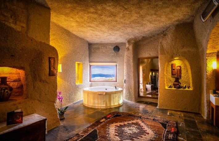 'Dünyanın En İyi 12 Mağara Oteli'nde Kapadokya damgası