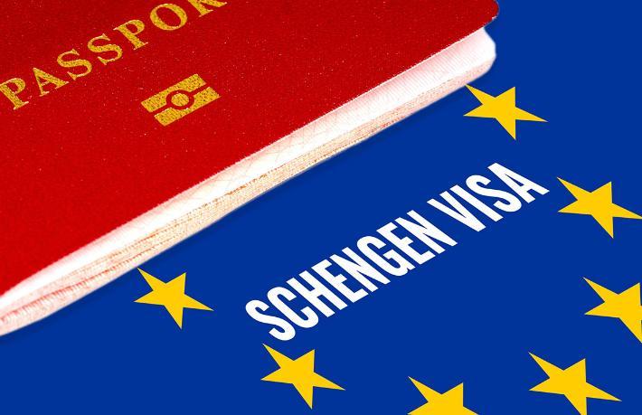 Schengen Bölgesi'ne vizesiz seyahat yeniden gündemde