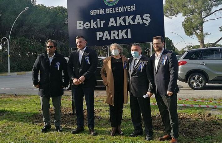 Turizmci Bekir Akkaş'ın adı Belek'te parka verildi