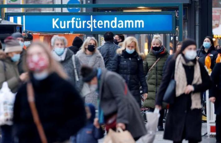 Almanya'da maske takmayan turistlere rekor ceza