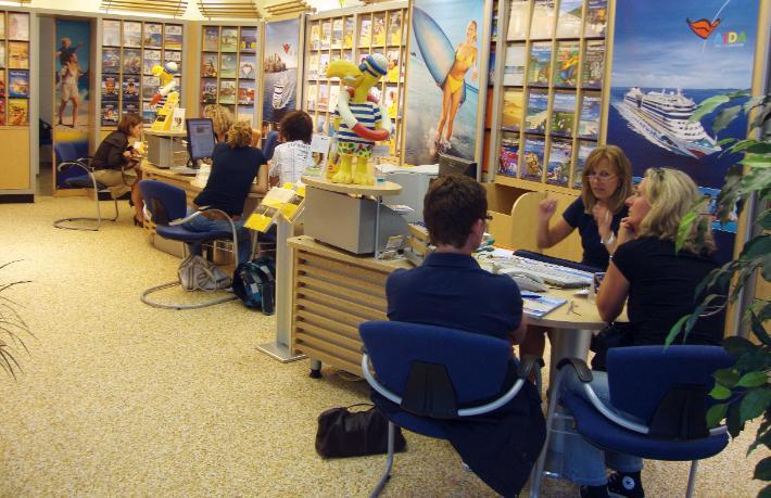 Turizm sektörü bankaların kıskacında... Acenteler belgelerini satışa çıkarıyor