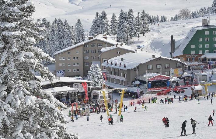Kar seviyesi istenilenin üzerinde olunca, Uludağ'da sezon uzadı