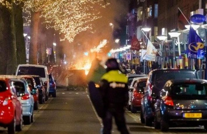 Hollanda'da mahkeme sokağa çıkma yasağını haklı buldu