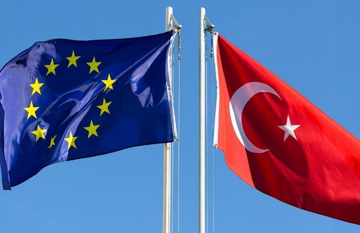AB: Çin aşısı olan Türklerin AB ülkelerine seyahati için alınmış bir karar yok