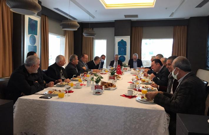 Tarihi Yarımada otelcileri İBB İtfaiye Daire Başkanı ile buluştu