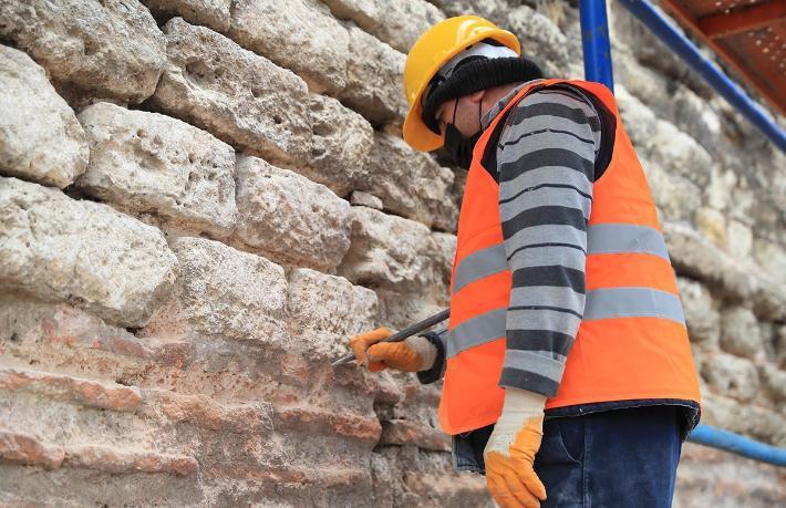 İstanbul'un tarihi surları turizme kazandırılacak