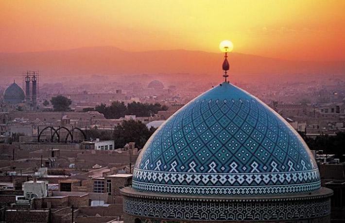 15 turist sahte Covid-19 testiyle İran'a girmeye çalıştı