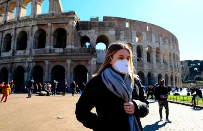 İtalya'nın tamamı Paskalya tatilinde kırmızı bölge ilan edildi