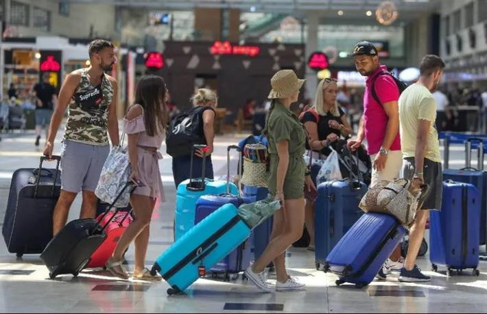 İngiliz turistlerin en çok tercihi Türkiye ve Yunanistan