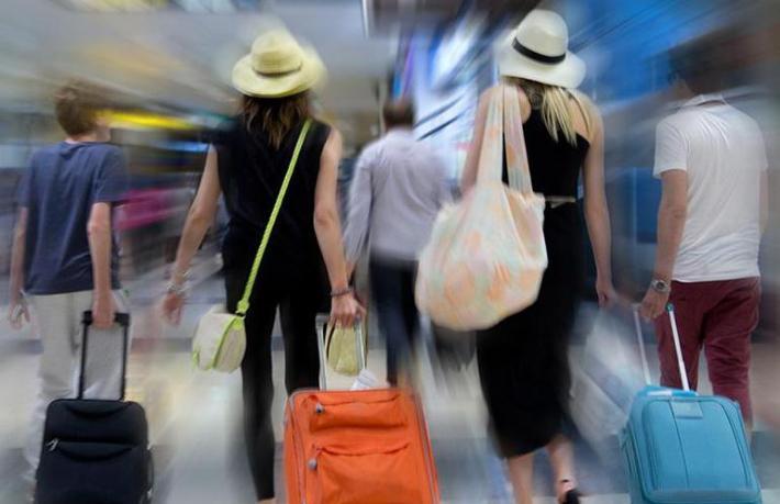 Rus turizmcilerin charter isyanı
