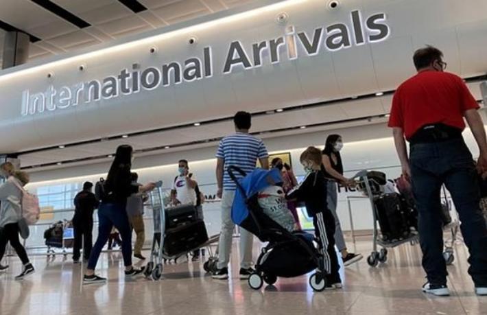 İngiltere, Türkiye'den gelen yolculara yeni şartlar getirdi