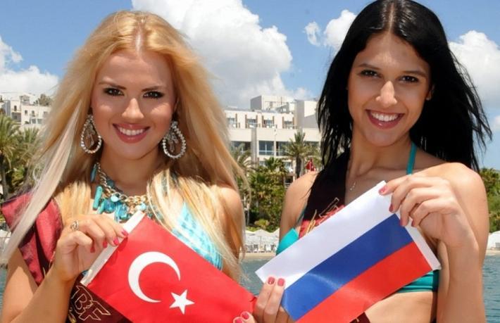 Rus turistler, Türkiye'ye uçuş izni için kampanya başlattı