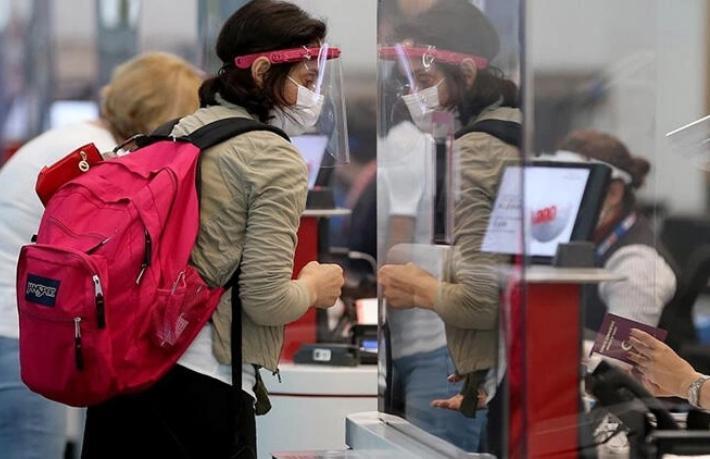 Yurtdışından gelecekler için PCR testi zorunluluğu uzatıldı