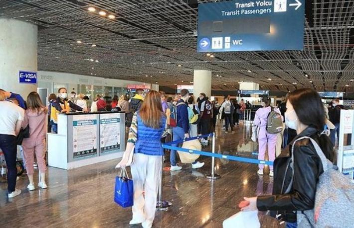 Rus turistler bastırıyor: Türkiye'de tatil yapmak istiyoruz