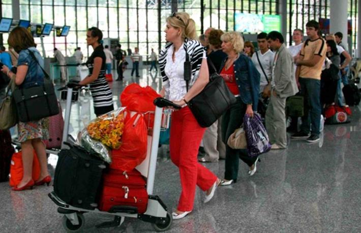 Rus tur şirketlerininiptal kaybı en az 5 Milyar Ruble