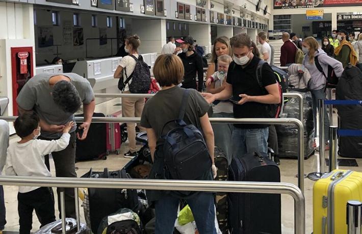 40 bin Rus turist Türkiye'den tahliye edildi