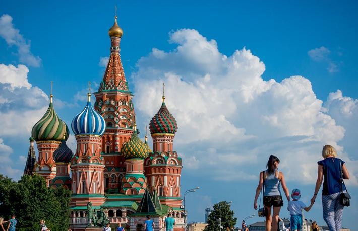 Rusya dış turizme kapanmanın bedelini ağır ödüyor