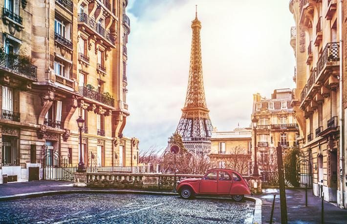 Paris'teki Türkiye Turizm Ofisi'nde Fransızca bilmeyen 9 görevli