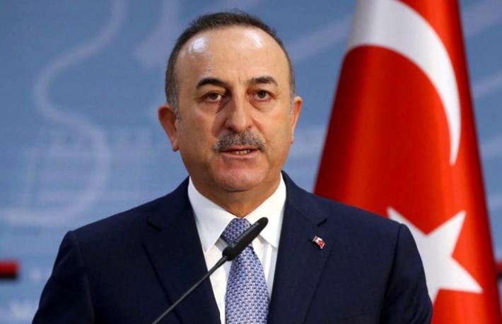 """Çavuşoğlu, tartışma yaratan """"Turistin görebileceği herkesi mayıs sonuna kadar aşılayacağız"""" sözüne açıklık getirdi"""