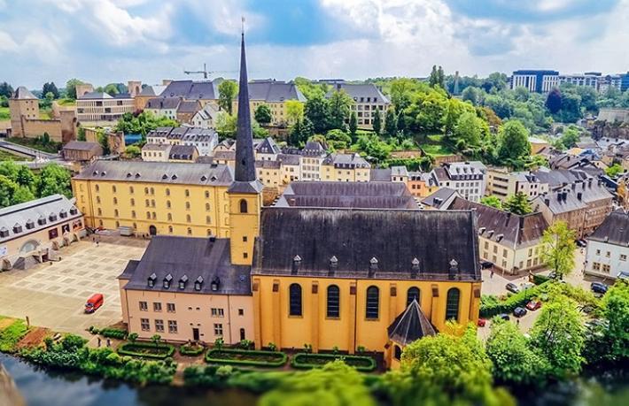 Turizm Fuarında bir şehir tanımak... Lüksemburg