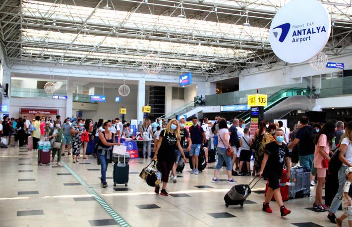 İşte Antalya'ya 26 günde gelen turist sayısı