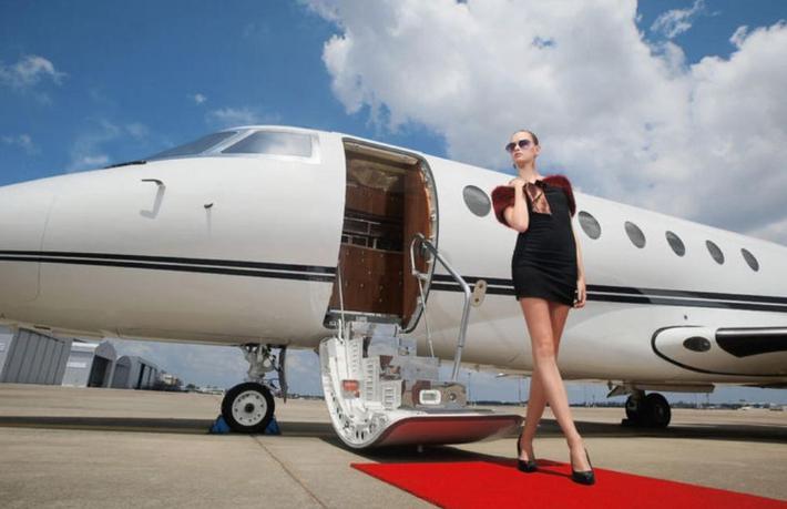 Turizmde toparlanma sürüyor... Bodrum'a günde 50 jet iniyor