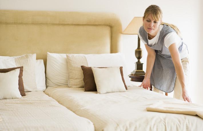 Dünyaca ünlü otel grubu günlük oda temizliğini kaldırıyor
