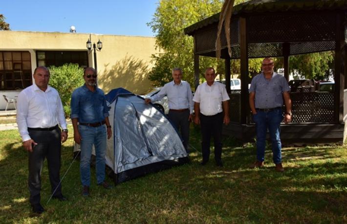 Belediye başkanlarından Turizm Bakanlığı önünde çadırlı eylem