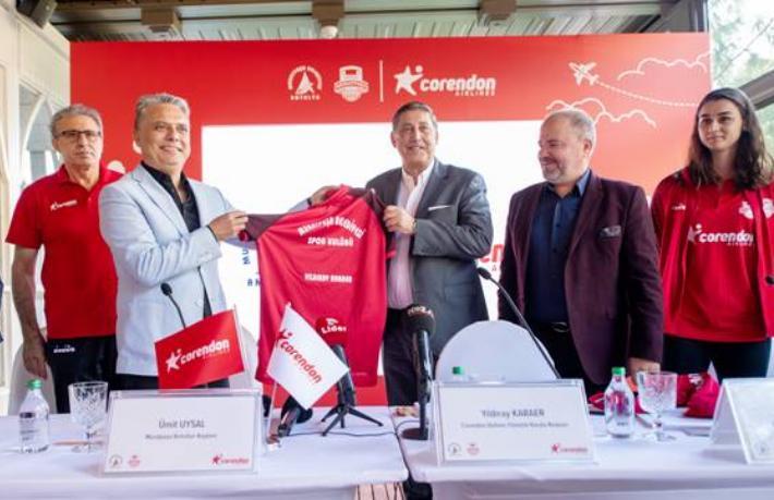 Corendon Airlines, kadın voleybol takımının ana sponsoru oldu