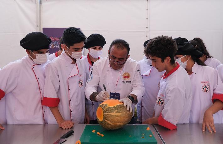 Adana Lezzet Festivali'nde Gastronomi şovu